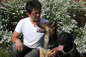 森田誠さんと犬